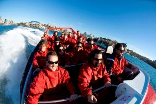 Thrill ride jet boat on Sydney Harbour with Amazing Races