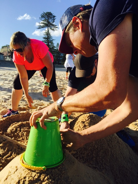 Amazing Race Manly Beach Sculpting for corprate events and team building fun in Manly