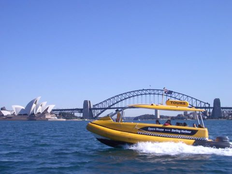 Amazing-races-sydney-water-taxi